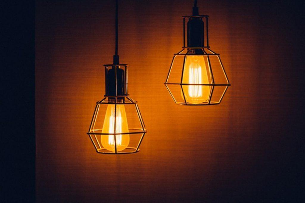 Wynajem oświetlenia